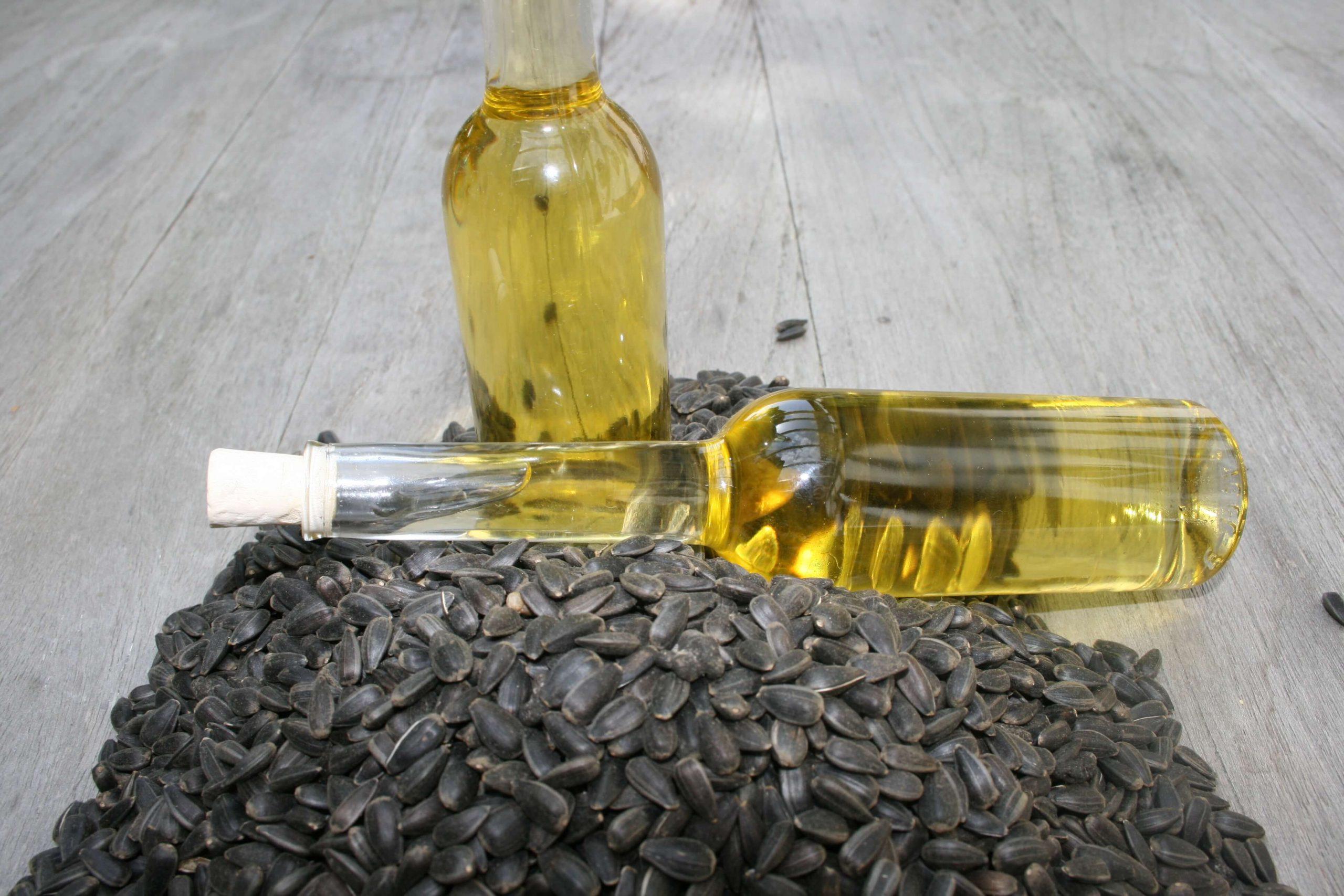 gepresstes Sonnenblumenöl